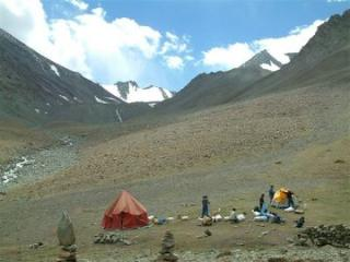 camp site at the markha valley